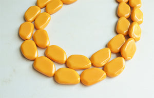 Yellow Lucite Necklace, Bead Necklace, Acrylic Necklace, Chunky Necklace - Lauren