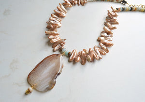 Pearl Statement Necklace, Pendant Necklace, Bead Stone Necklace - Ultimo