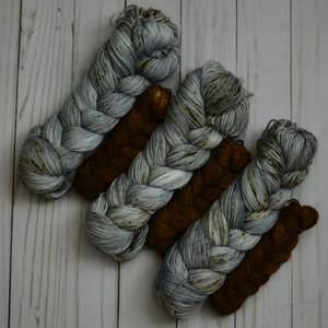80/20 Sock Set: Red-Tailed Hawk + Pecan Pie