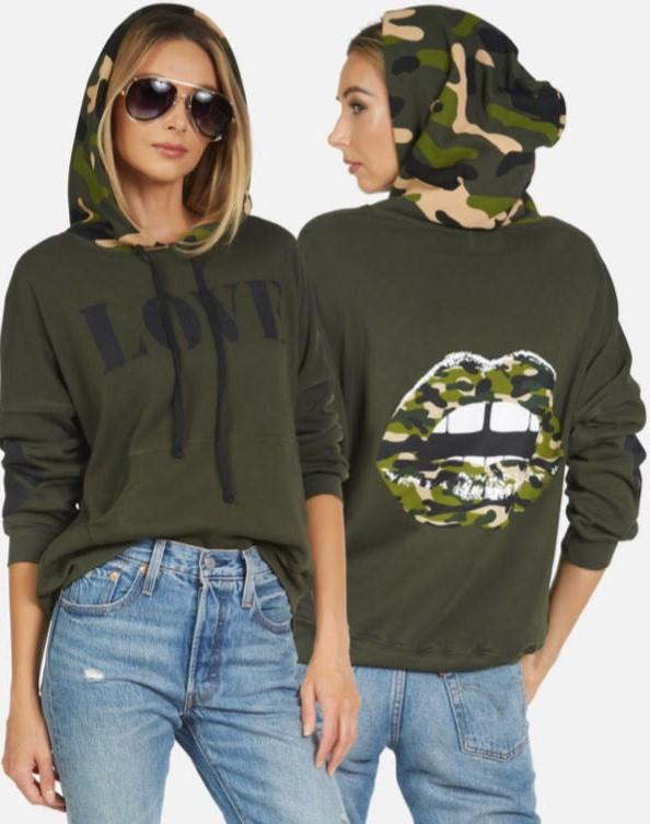 Melanie Pullover Hoodie- Camo Lips Forest