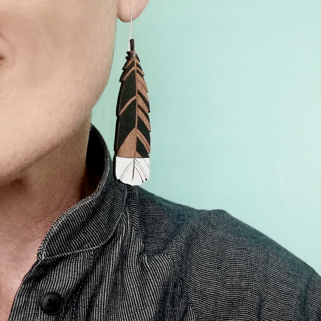 Large hanging Huia feather Rimu earrings
