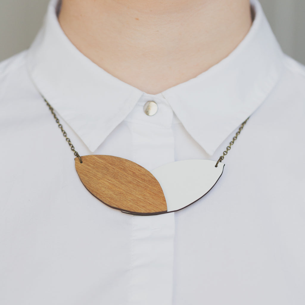 Double Leaf Necklace - Reversible Black/White