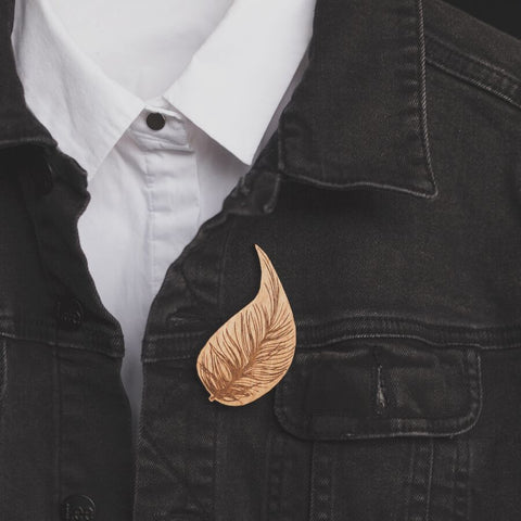 Kiwi Feather Rimu Brooch