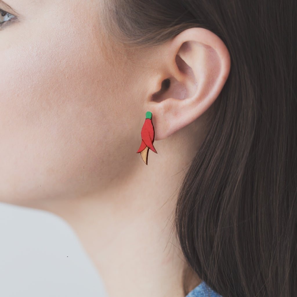 Kakabeak flower Rimu earrings