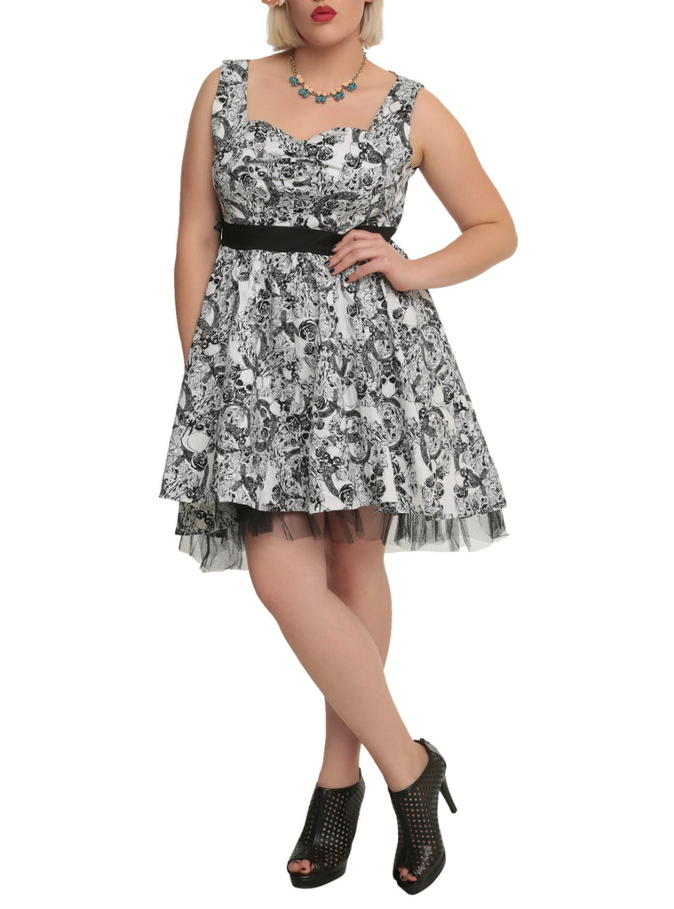 Plus size Gothic Elegance Rockabilly Skull & Black Rose belted Swing Party Dress - Skelapparel - 1