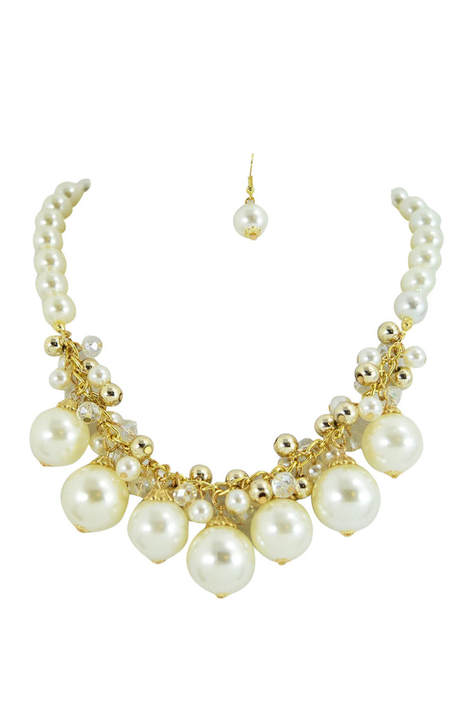 Chunky Faux Pearl with Glass beads Cluster Bib Necklace - Skelapparel