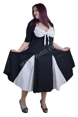 Vintage Rockabilly Black White Polka-dot plus size dress with sleeves - Skelapparel