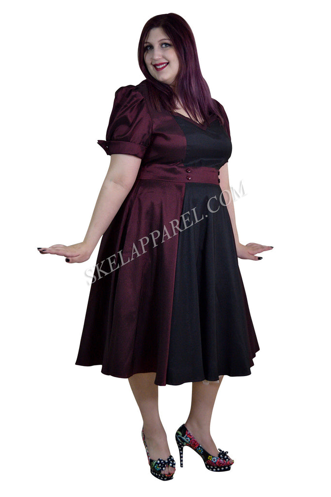 Plus Vintage 60's Queen of Hearts Two Tone Burgundy & Black Satin Party Dress - Skelapparel - 1
