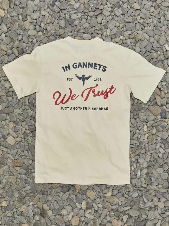 IN GANNETS WE TRUST TEE - WASHED STONE