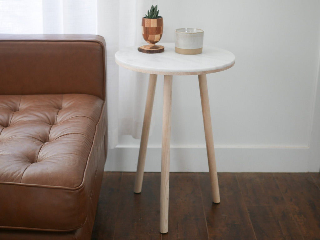 Modern side table, night stand, or end table