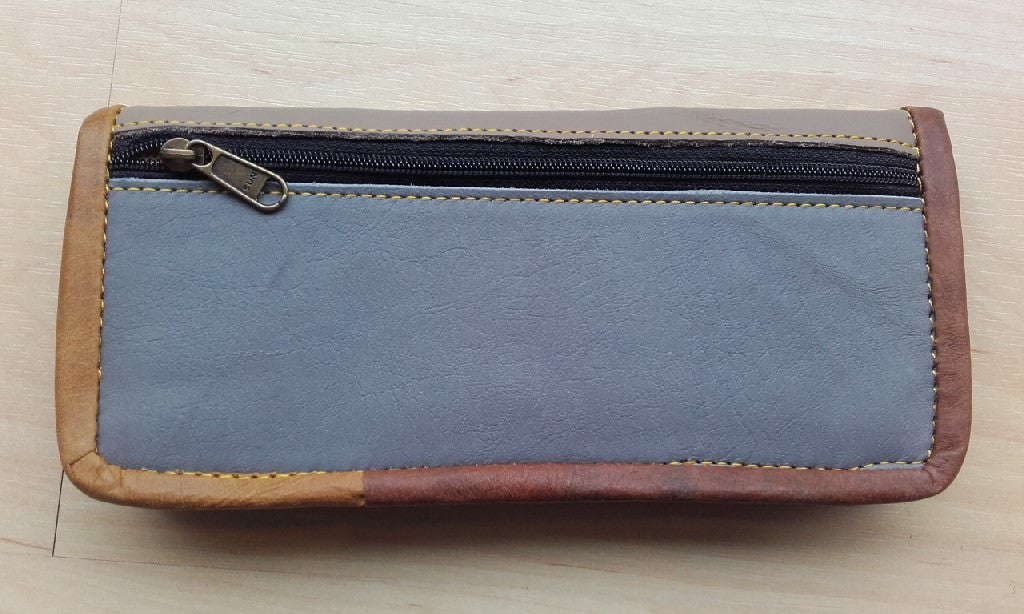 "Recycled leather purse - ""Rita"""