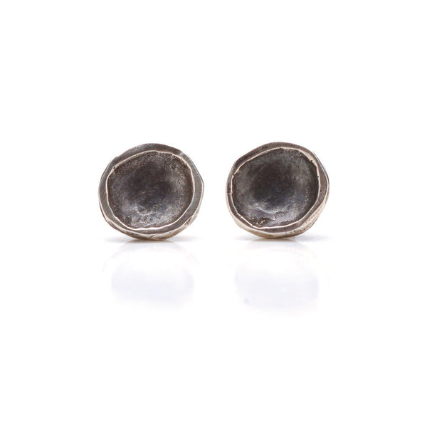 Small disk post earrings