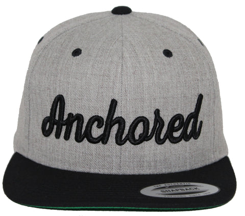 Anchored Snap // Heather + Black