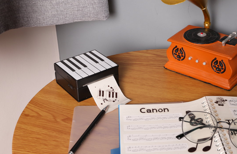Travel with the M02 pocket printer to record every good memory