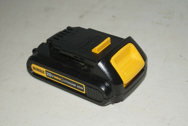 New Dewalt DCB201 20V 20 Volt Max 1.5Ah Battery Lithium Ion Li-Ion NO90