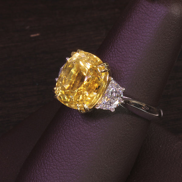 Passion Collection yellow sapphire & diamond ring