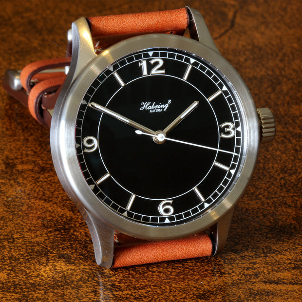 HABRING² Jumping Seconds Pilot watch