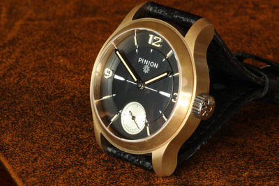 Pinion Axis Pure watch