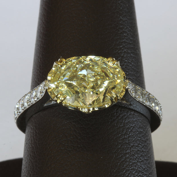 Passion Collection natural yellow oval brilliant cut diamond ring
