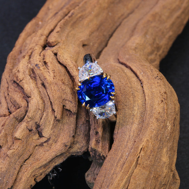Passion Collection Unheated 4.05ct Blue Sapphire & Half Moon Diamond platinum & 18K gold Ring