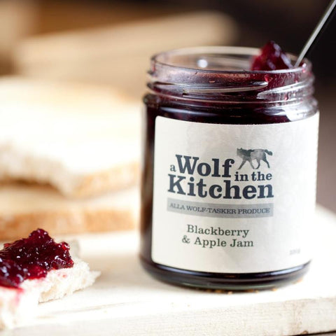 Blackberry & Apple Jam - A Wolf in the Kitchen