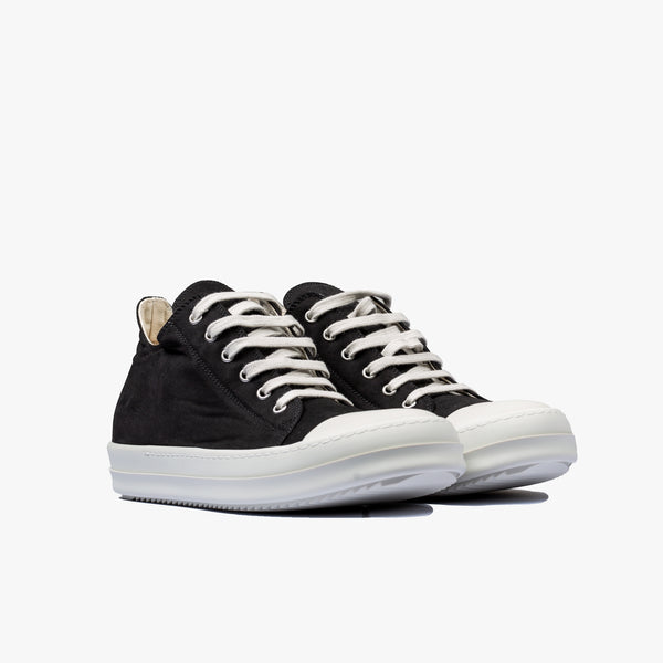 Performa Low-Top Sneakers