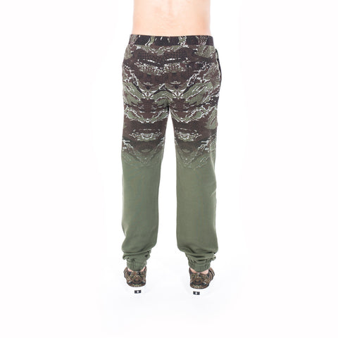 Marcelo Burlon Banes Sweatpants at Feuille Luxury - 4