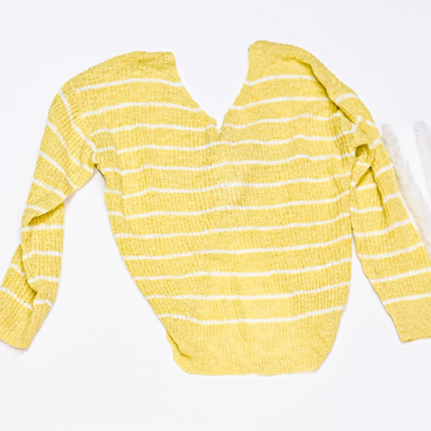 Daisy Twist Sweater