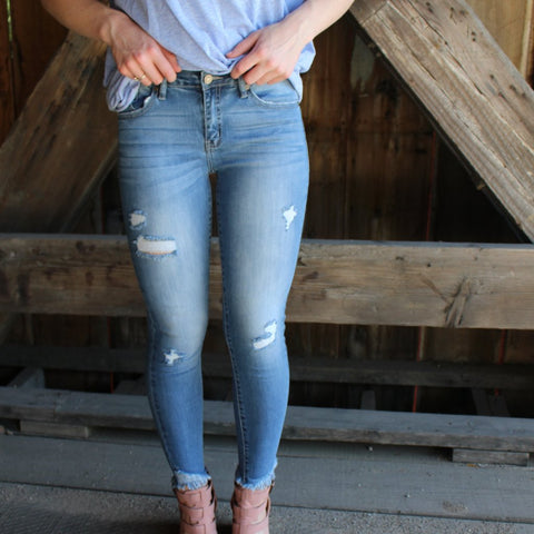 Distressed Fringe Anklet Jeans