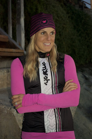 Hummingbird Performance Beanie in Hot Pink & Black