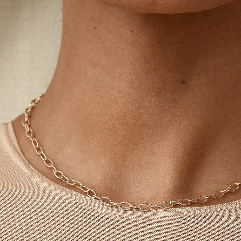 Textured Oval Links Choker Collar Necklace