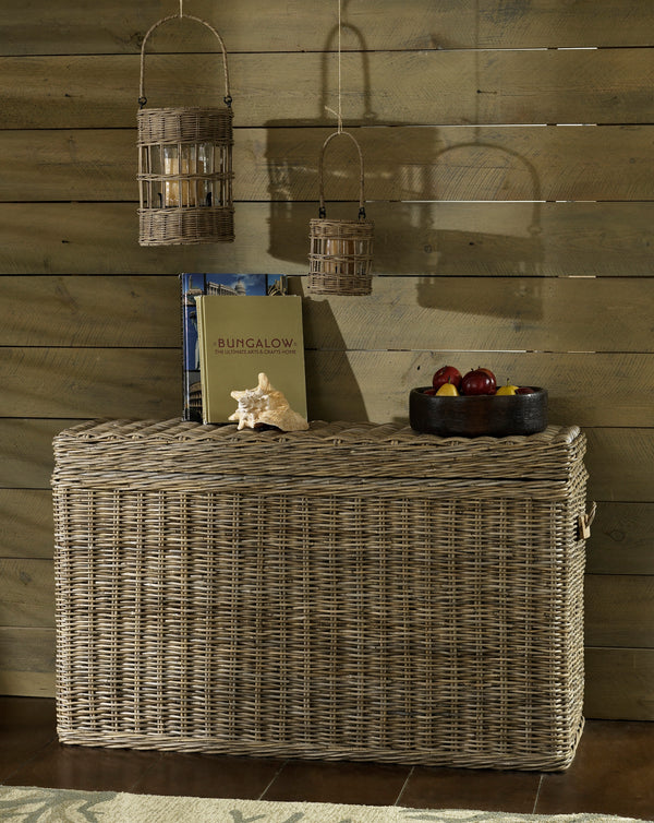 KUBU CONSOLE TABLE TRUNK