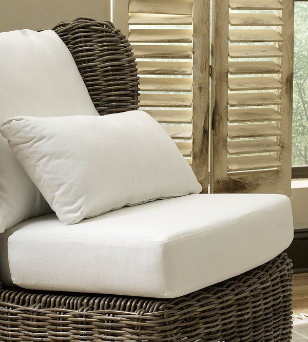 MAJORCA LOUNGE CHAIR - KUBU - Padma's Plantation