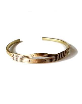 Low tide cuff in recycled brass.