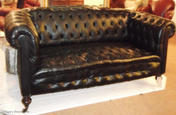 Early 20th Century Victorian Black Leather Chesterfield Sofa