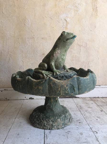 Frog Fountain/Bird Bath