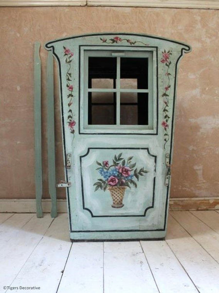 Early Edwardian Sedan Chair