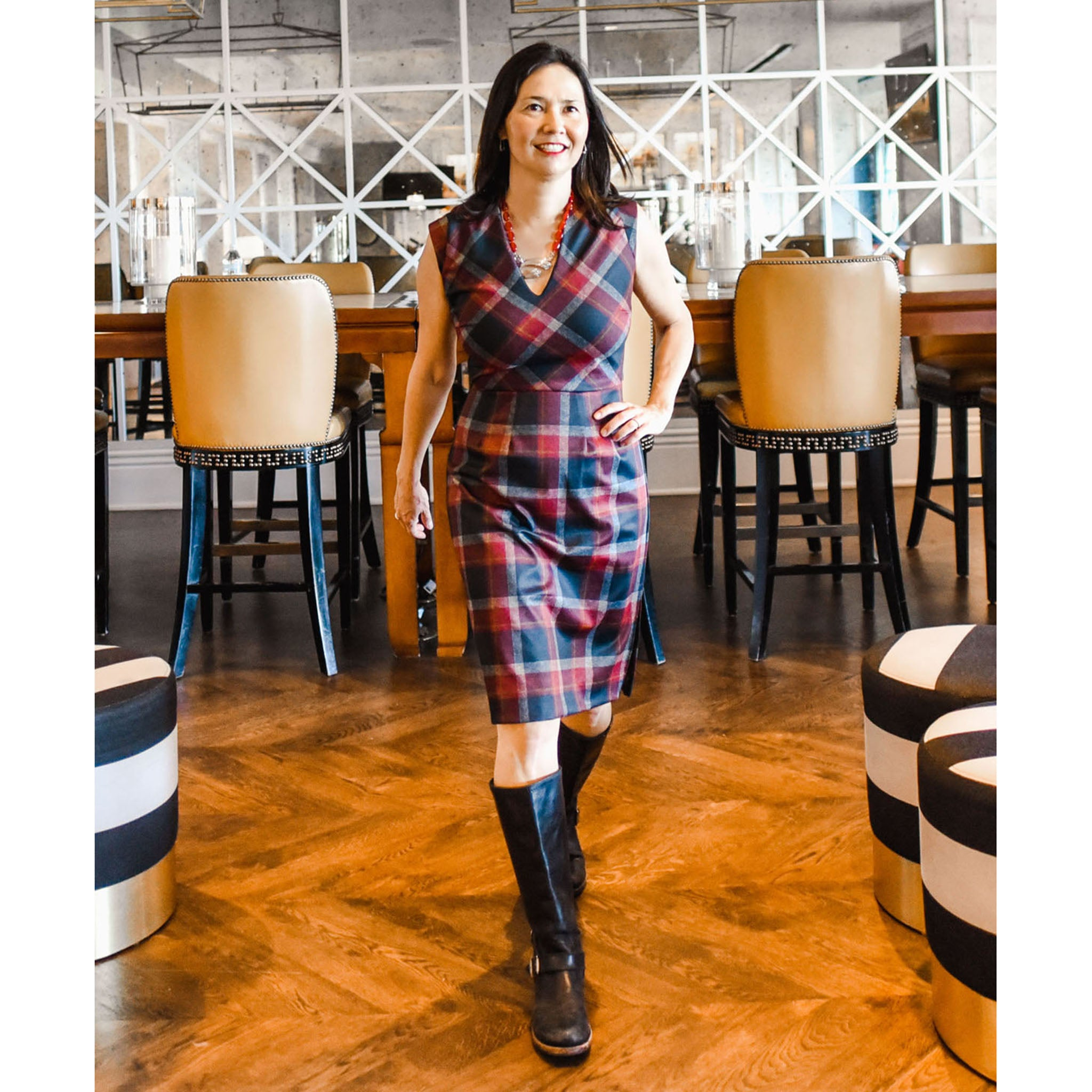 HOLLIE Black and Red Plaid