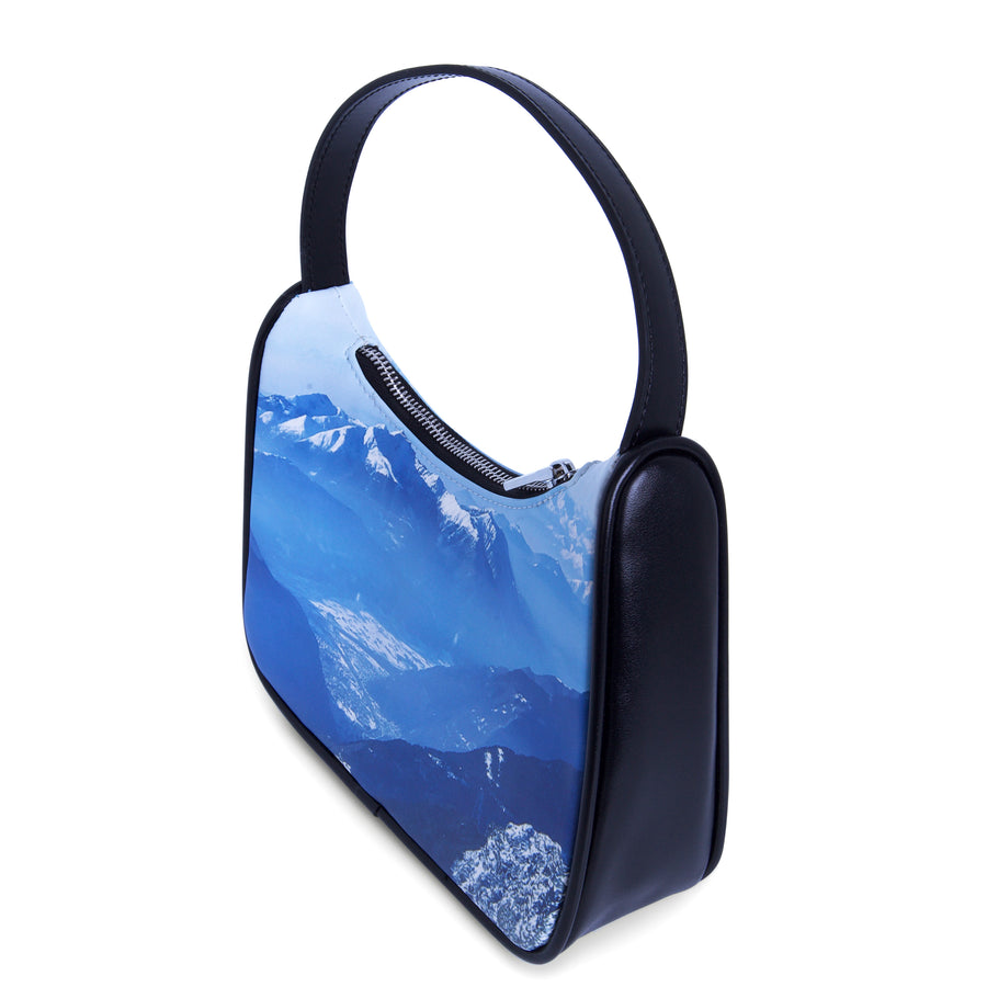 THE SUMMIT BAG