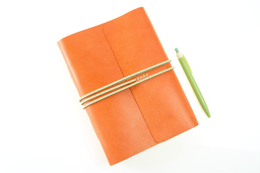 Traveller's Notebook handmade in leather peach, green and natural