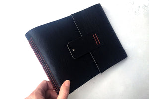 Leather Watercolour Sketchbook: Black and Rust handmade Longstitch binding