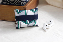 Load image into Gallery viewer, Geometric Pattern Soft Fabric Storage Bag Protective Case For Apple Airpods Pro - Casememe.com