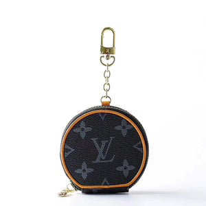 Louis Vuitton Style Zipper Luxury Leather Classic Monogram Protective Case For Apple Airpods Pro 1 & 2 - Casememe.com