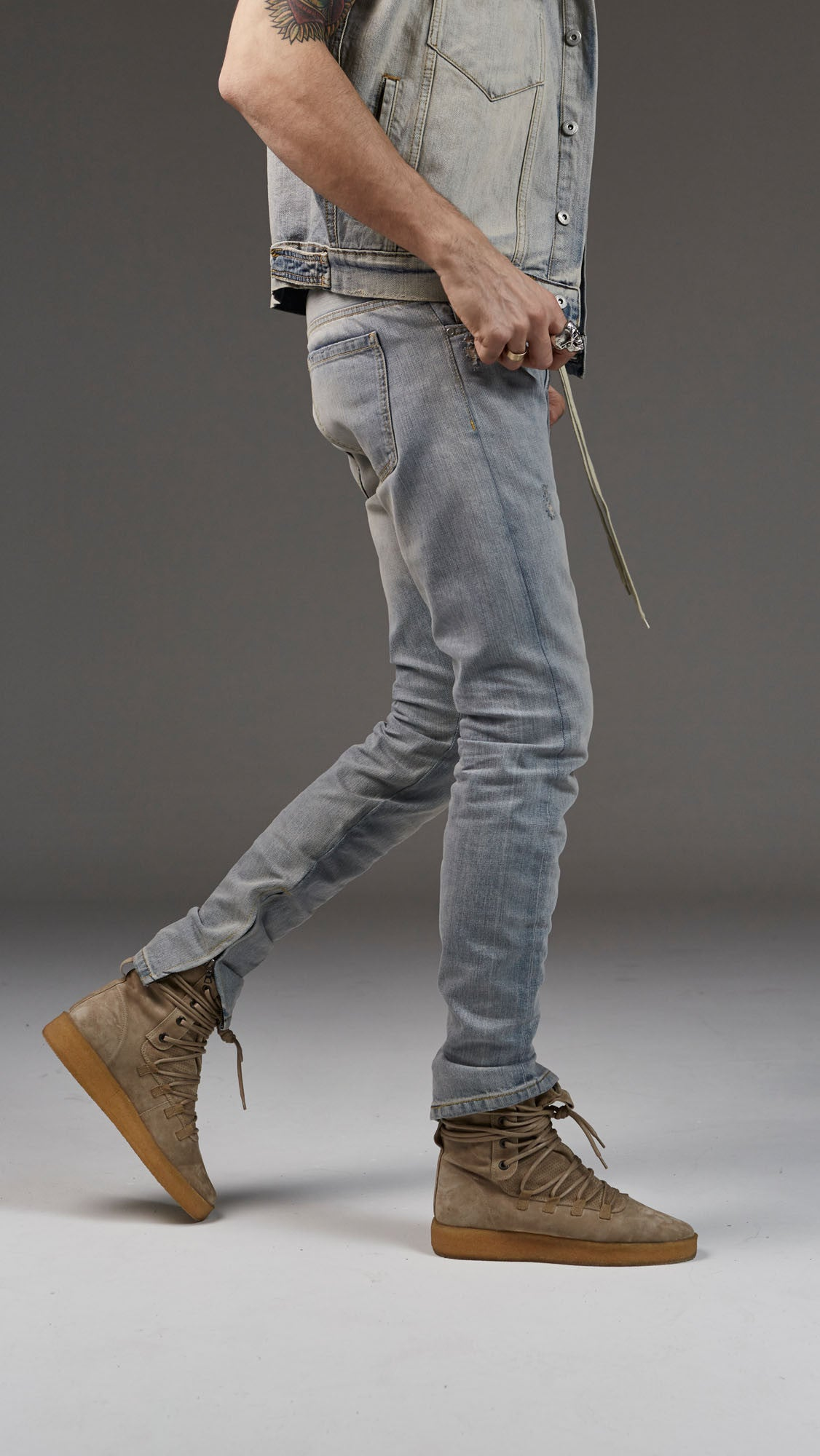 Basic Selvedge Denim - Pale Blue
