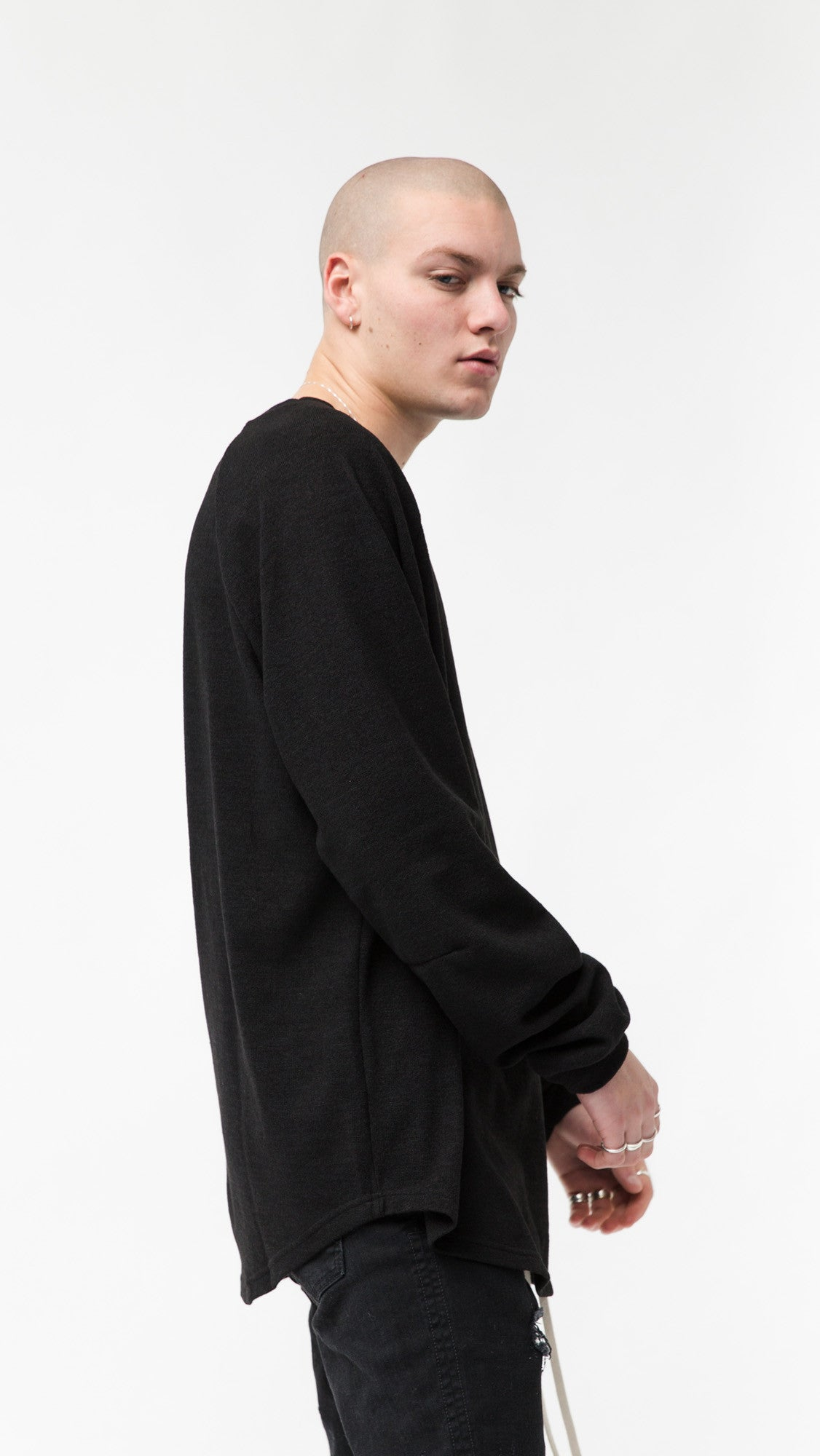 Long Sleeve Scallop T-shirt - Black