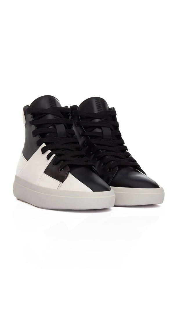 SS18 The Alpha Mid - Black & White