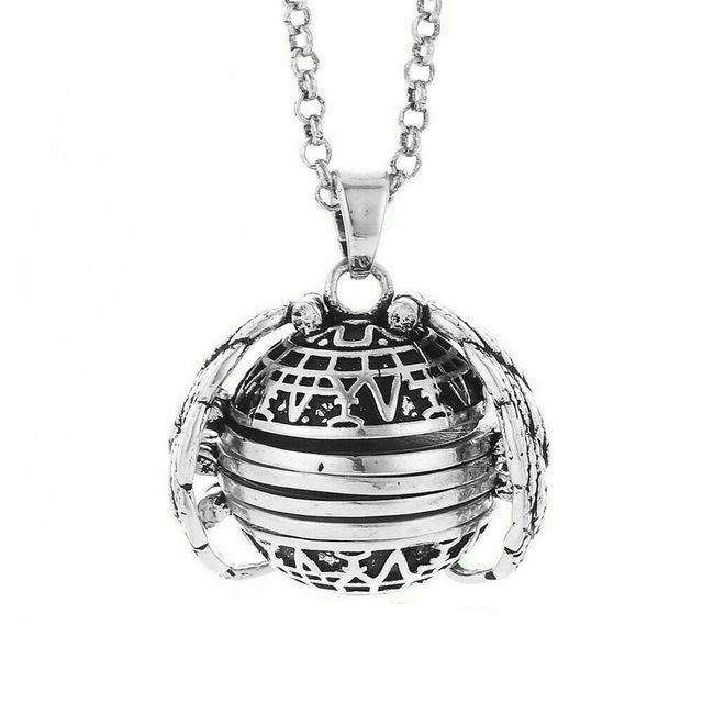 'My World' Expanding Photo Locket - 1onelove.com