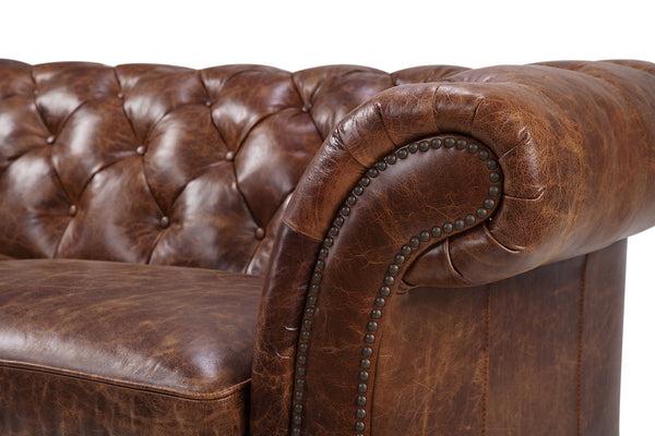 Accoudoir du Canapé Chesterfield en Cuir Westminster Rose & Moore