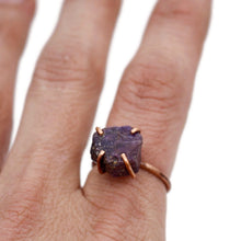 Load image into Gallery viewer, Raw Ruby Copper Prong Set Ring