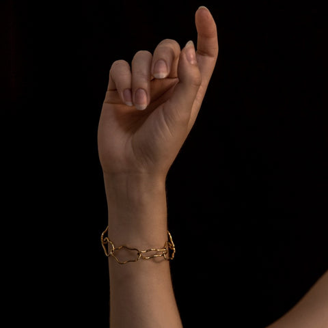 Gold Squiggle bangle